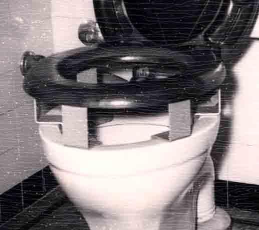 Henrycare Padded Toilet Seat Raiser