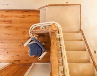 Platinum Curve Stairlift