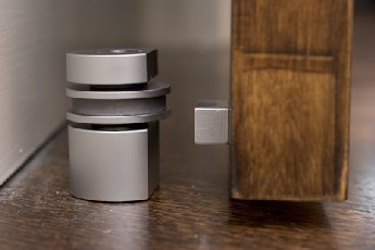 710 Magnetic Door Stop